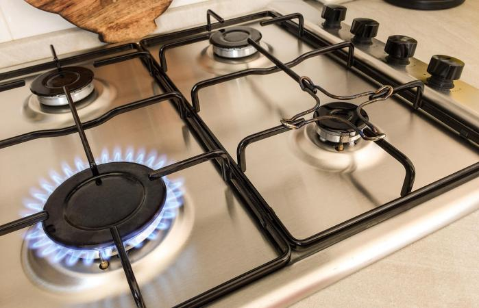 Cleaning Gas Range Burners with Homemade Cleaner